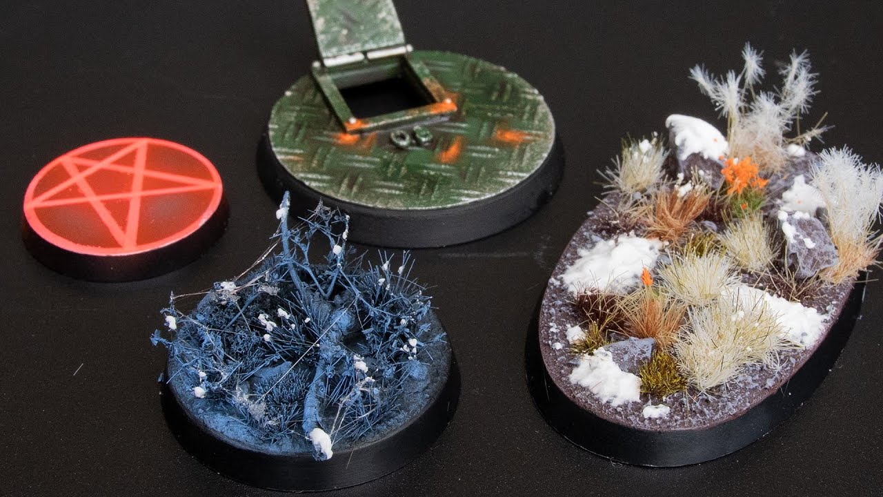 Download Four HOTT Bases For Your Minis!