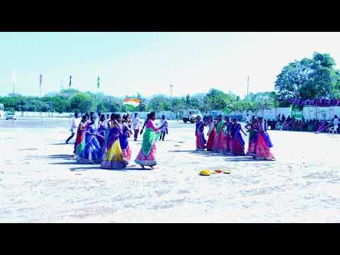 Bathukamma Song 2017 | mic tv | sri krishnaveni school | By Vamshi Kondla