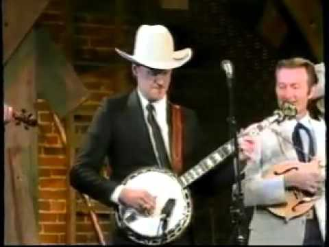 Bill Monroe And The Bluegrass Boys with Jim&Jesse   It's Mighty Dark To Travel