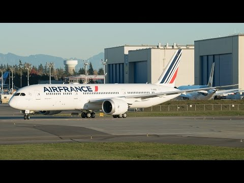 Air France First 787 First Flight @ Paine Field