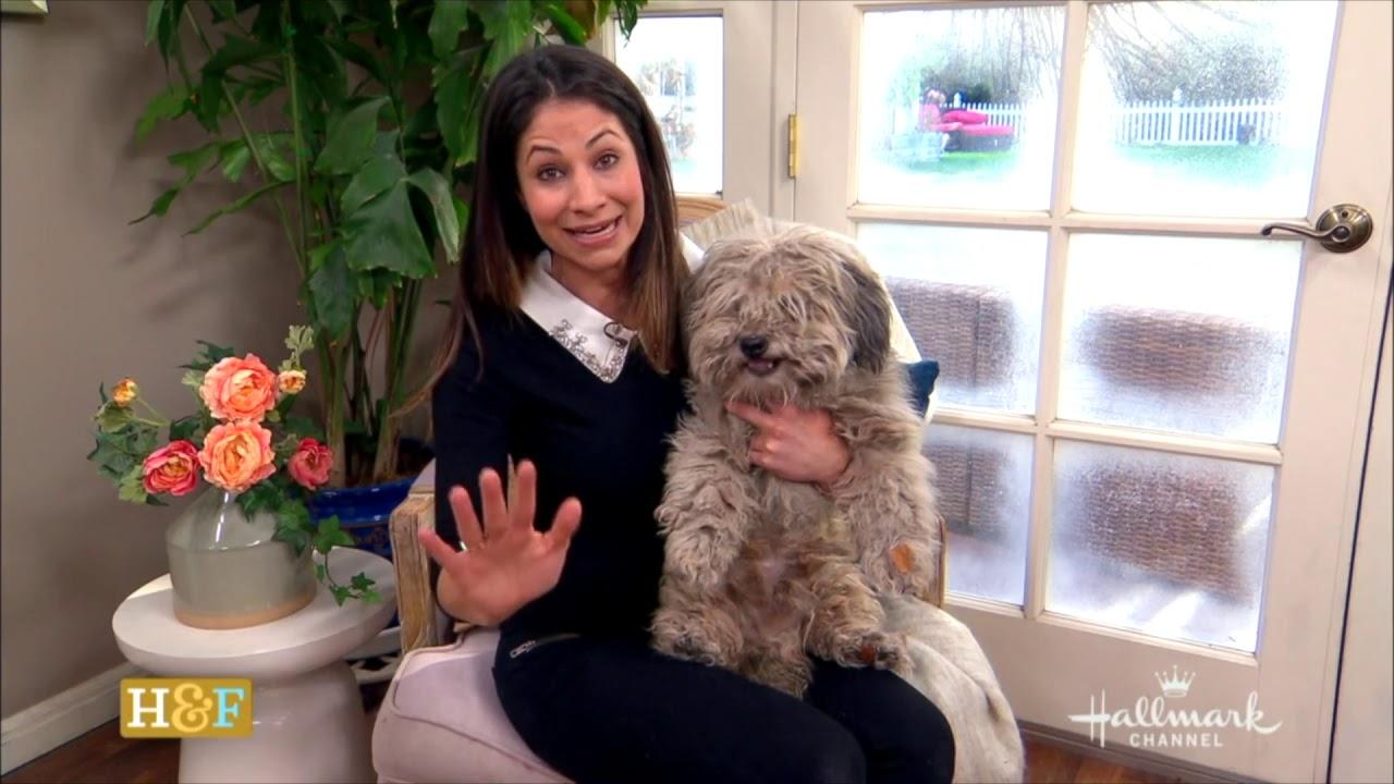 Larissa Wohl Host & Animal Expert Reel 2:21