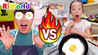 Pretend Play Cooking Fried Eggs 앨리스의 저녁식사 만들기 요리 대결 소꿉놀이 계란 후라이 부엌놀이 장난감