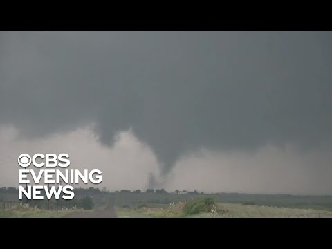 dangerous-tornadoes-hit-oklahoma