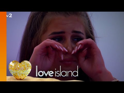 We Ask A Psychologist To Explain The Weird Love Island Dating Rituals