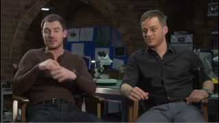 CROSSING LINES - Interview with TOM WLASCHIHA and RICHARD FLOOD