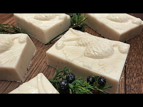 easy-melt-&-pour-soap---handmade-gift-ideas---how-to-make-soap---wildflower-woods