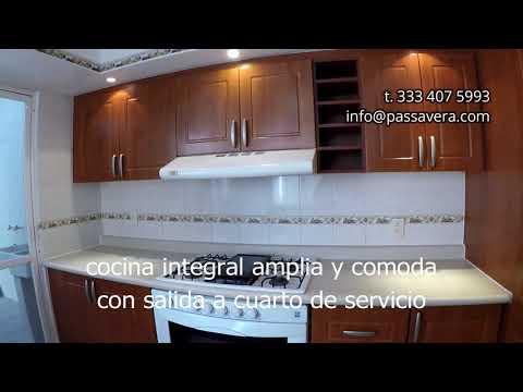 Casa VENTA Real Del Bosque Zapopan GRANDE Y Remodelada En Esquina