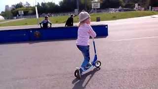 Дрифт на самокате ))) или первые дни катания! (Drift on a skateboard))) days of driving!)