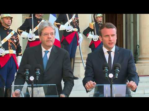 Gentiloni incontra Macron all'Eliseo, dichiarazioni alla stampa (21/05/2017)