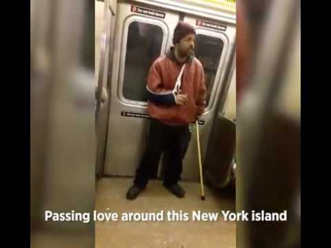 Man sings Beyonce on NYC train