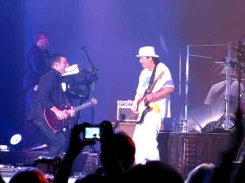2. Smooth & Ain't No Sunshine - Rob Thomas feat. Santana - San Jose 10/18/09