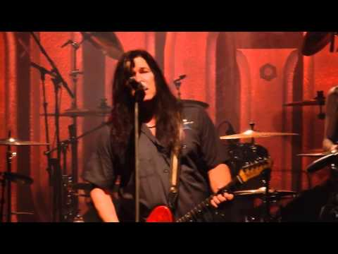 Slaughter - Fly To The Angels (Live In Houston 2015)