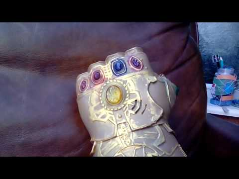 How to make an infinity gauntlet whith just paper!