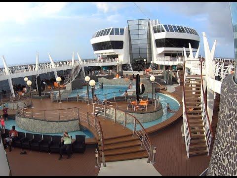 Exploring the MSC Divina Cruise Ship! [Vlog ep11]