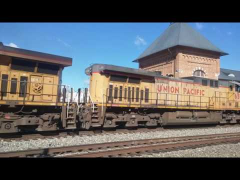 Ns Trains In Bristol Virginia/ Tennessee