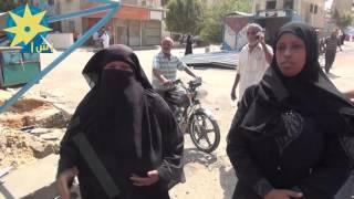 بالفيديو: انهيار سيدة ونجلها لتضررهما من حملة إخلاء الباعة الجائلين بالسويس