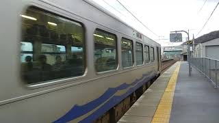 谷浜駅より泊行き普通列車発車〰️✨