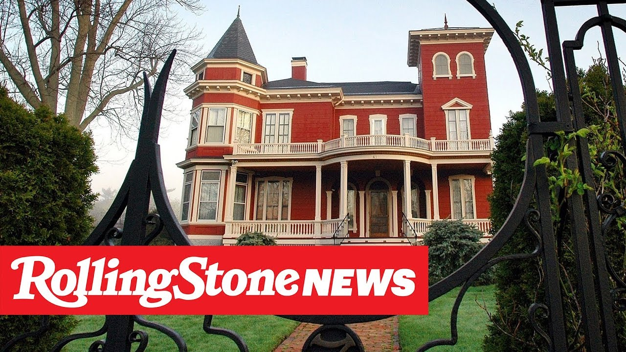Stephen King's House to Become Archive and Writers' Retreat | RS News 10/18/19