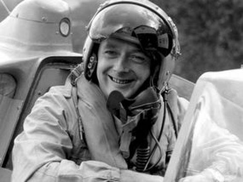 Donald Campbell Documentary - The Heroic World Land & Water Speed Record Breaker