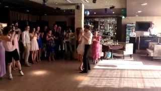 Свадебный танец Ча-Ча-Ча в исполнении молодоженов!!!!!!