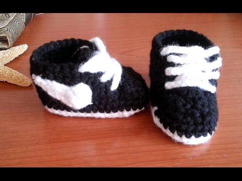 Zapatitos nike a crochet para bebe muy fáciles