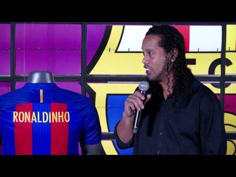 Astro brasileño Ronaldinho Gaúcho se retira del fútbol