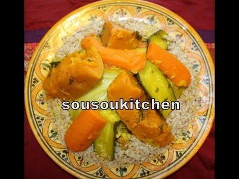 recette-de-couscous-marocain-blé-complet/moroccan-whole-wheat-couscousكسكسو-الاحمر-sousoukitchen