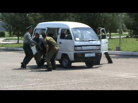Узбекские таможенники тренируются