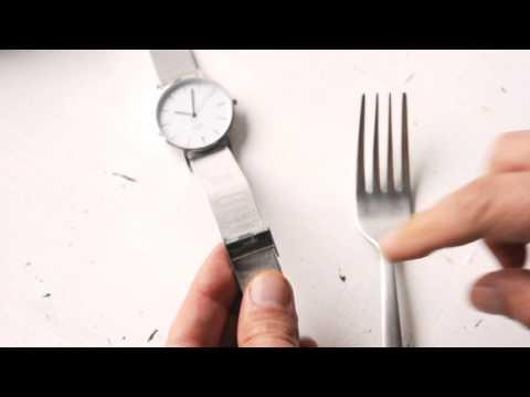 Uhrwerk Berlin - Adjust the length of the mesh strap