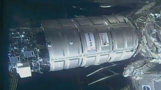 OA-9 S.S. J.R. Thompson Cygnus berthing