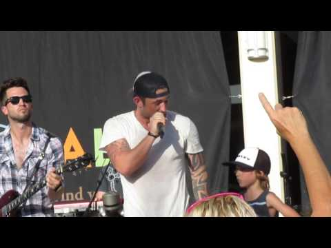 Michael Ray and JDub - Kiss You in the Morning