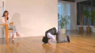 Japanese's Extreme Apologising Is Insanely Funny