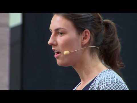 Selbständigkeit fördert Verantwortung | Anthea Müller and Theresa Himmelsbach | TEDxKIT