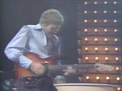 Carl Perkins w/ Ringo Starr - Honey Don
