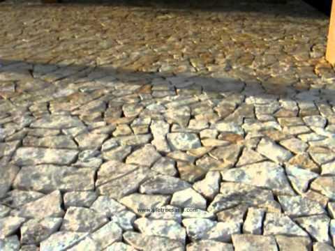 Pietreesassi pavimento esterno in lastre di pietra di trani pavimentazione da giardino youtube - Pavimento da esterno carrabile ...