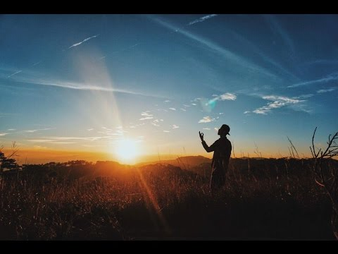 Đen - Đi Theo Bóng Mặt Trời ft. Giang Nguyễn (Official Video)