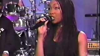 Brandy - The Boy Is Mine (Live and Solo)