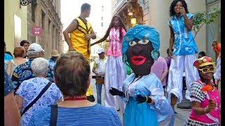 CUBA, Old HAVANA, Walking tour with the Viking Sun cruise expert Cuban guide.