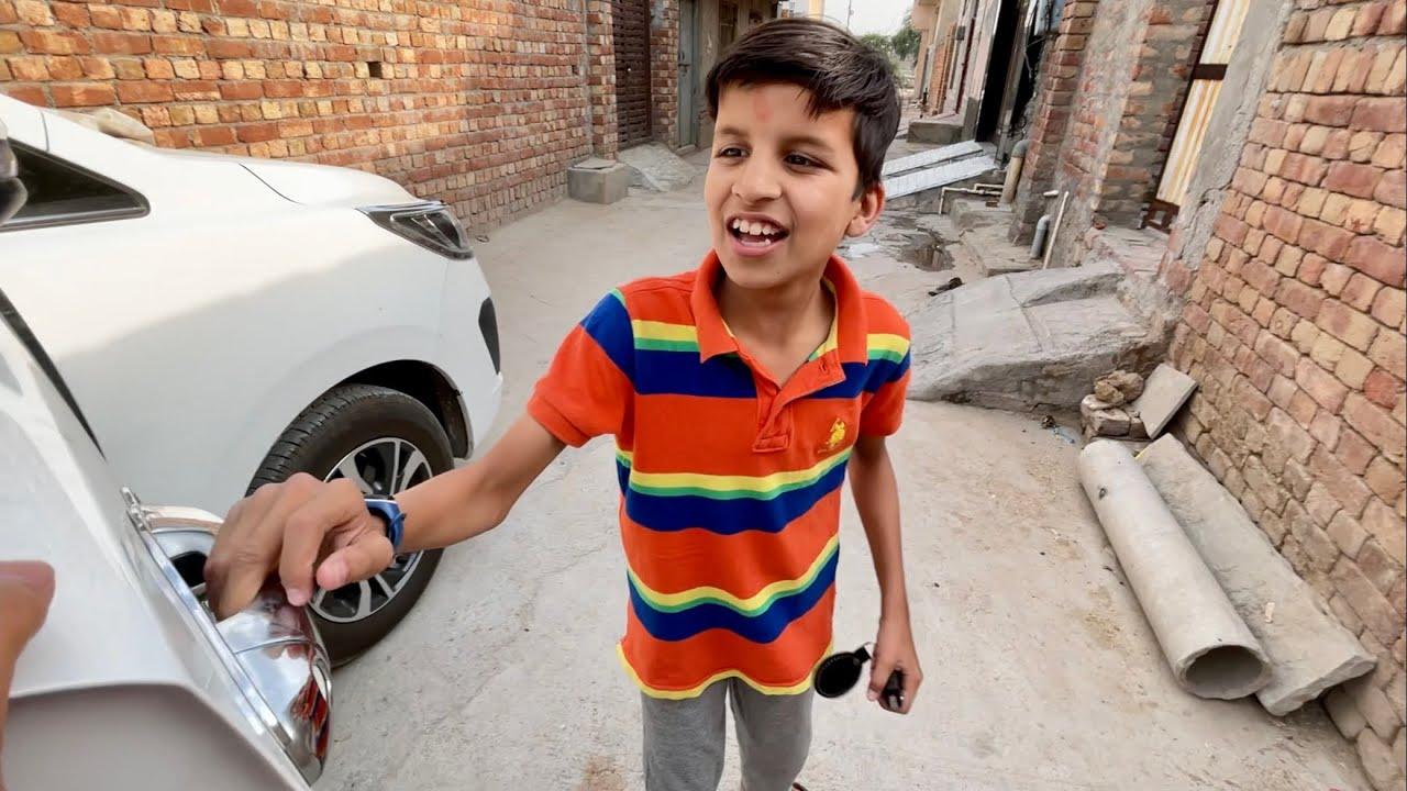 Piyush Car Ki Key Leke Bhag Gaya 😡