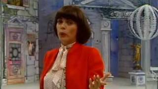 Watch Mireille Mathieu Ganz Paris Ist Ein Theater video