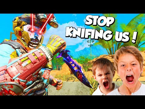 FULL 6 MAN PARTY OF ANGRY GAMERS VS KNIFE... 😂 (Black Ops 4 Funny Moments & Reactions)