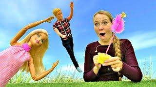 Барби и Кен встретили волшебницу. Видео для девочек.