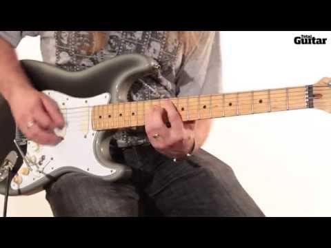 Guitar lesson: Tame Impala - Elephant (verse riff)