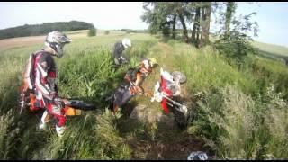 Grosse chute à moto enduro