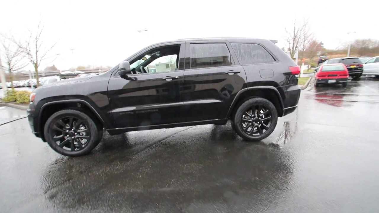 2017 Jeep Grand Cherokee Altitude Diamond Black