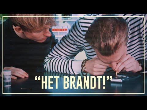 Bastiaan sniffs ketamine (special K) | Drugslab