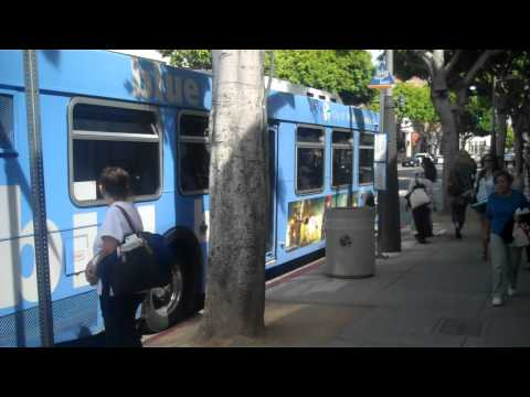 Santa Monica Big Blue Bus Local 4 @ 4th St and Santa Monica Blvd