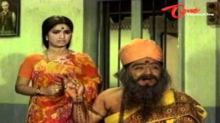 Padmanabham Acts Saint To Fool Allu Ramalingiah