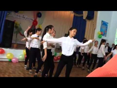 Видео: Флешмоб в Жанаозене. Школа 8