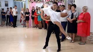 Dansatori la nunti - Dans modern!!